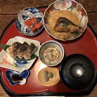焼き鯖そうめんの定食「鯖街道」