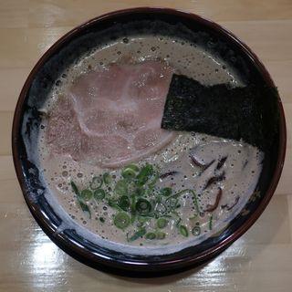 男・豚骨ラーメン