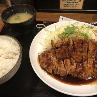 トンテキ定食(とん亭)