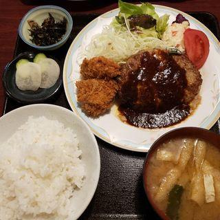 ミドルハンバーグ&ヒレカツ定食