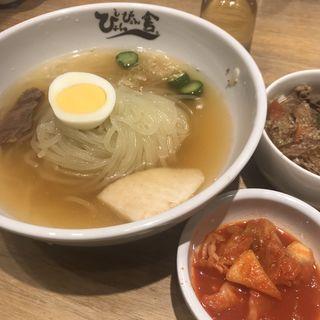 盛岡冷麺(ぴょんぴょん舎 Te-su (ピョンピョンシャ テェス))