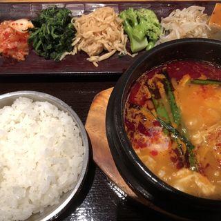 純豆腐定食(韓国鶏鍋 GOCHU (コチュ))
