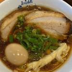 濃厚魚介モダン醤油ラーメン 煮玉子