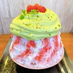苺とピスタチオエスプーマ氷