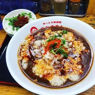 背脂珈哩麻婆麺(辛っとろ麻婆麺 あかずきん)