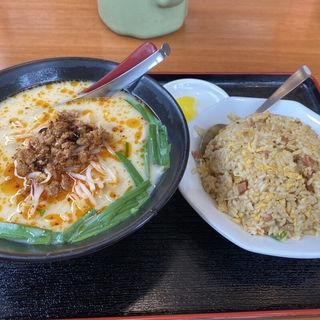 豚骨台湾ラーメンと炒飯