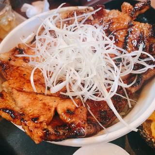 国産本ロース豚丼