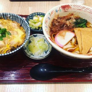 温かいきしめん親子丼(横浜なかや 大関本店 )