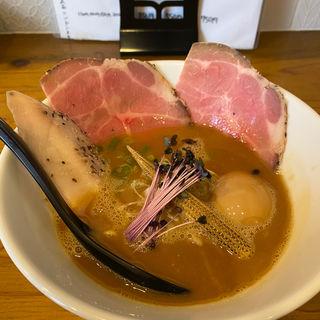 濃厚醤油らーめん(MARCO)