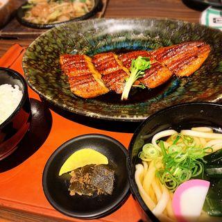 鰻蒲焼ハーフ定食
