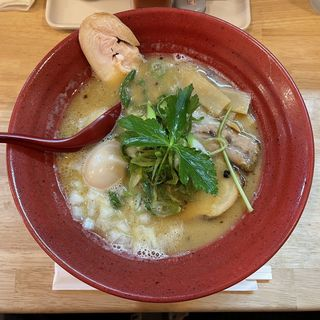 鶏白湯醤油(麺匠 輪)