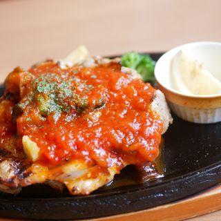 直火焼き彩り野菜のトマトチキン