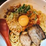 納豆キムチからし麺、生卵、半ライス