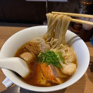 特製醤油らぁ麺