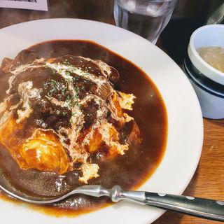 牛タン煮込みのオムハラシライス(美味卵家 (ウマタマヤ))