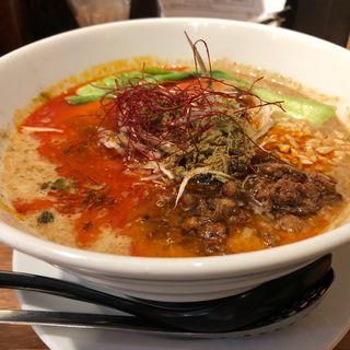 四川担々麺(赤い鯨)
