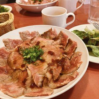 牛ステーキ丼セット(300g)(CoCiNa )