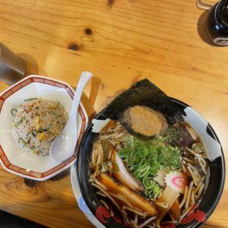 濃厚魚介醤油ラーメン(らあめん力丸 )