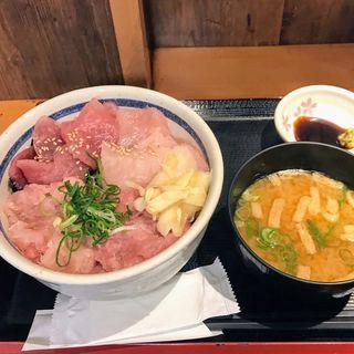 丸得三崎丼(みそ汁セット)