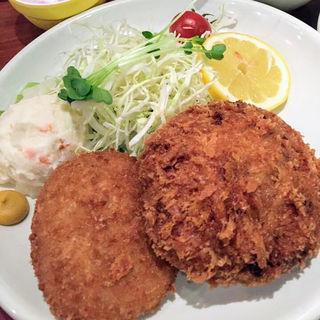 メンチ&コロッケ定食(肉の大山 (おおやま))