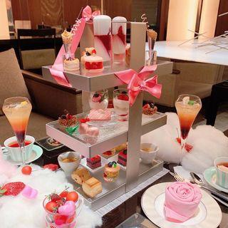 Berry berry Pink afternoon tea(ANAクラウンプラザホテル大阪)