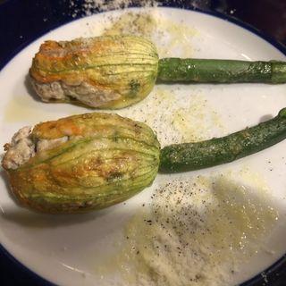 花ズッキーニとリコッタチーズのオーブン焼き(Enoteca 眞  (エノテカシン))