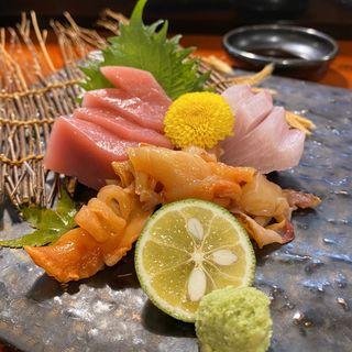 お刺身三点盛り(本まぐろ、カンパチ、赤貝)