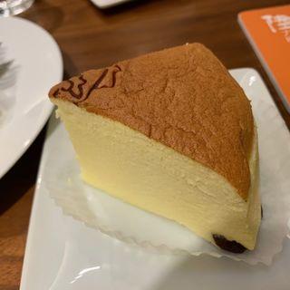 チーズケーキ(りくろーおじさんの店 (新)なんば本店  )