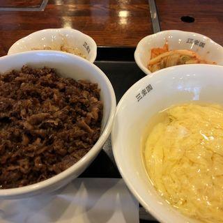焼肉丼(三幸園 (サンコウエン))