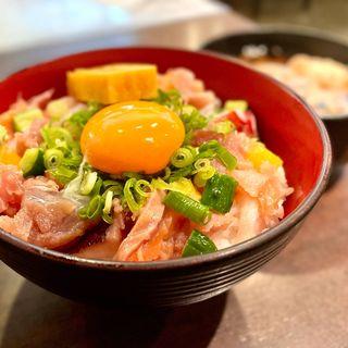 漁師のまかない丼(海鮮すなおや食堂)