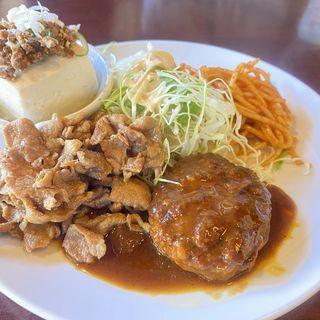 3品定食(デミハンバーグ・鶏のからあげ・肉そぼろ冷奴)(たまき食堂 )
