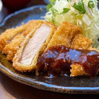 六白黒豚 ロースカツ定食(170g)