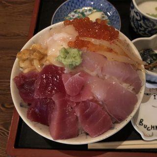 津軽海峡丼定食