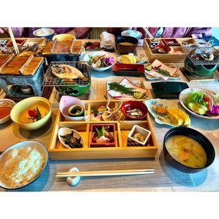 朝食(夕映えの宿 銀波荘 (ぎんぱそう))
