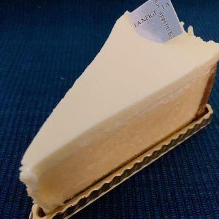 サワークリームチーズケーキ(パティスリー ラ ネージュ (patisserieLA NEIGE))