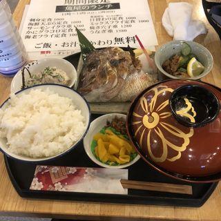 鯛のカマ焼き定食