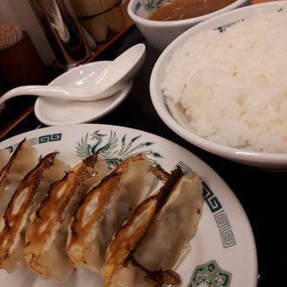 餃子とライス