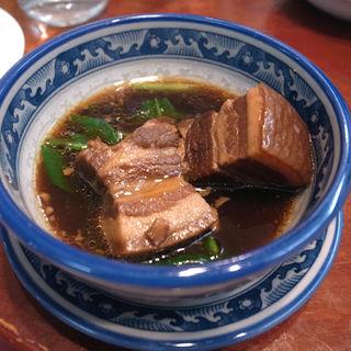 皮付きバラ肉の角煮(揚州扣肉)(剣閣 )