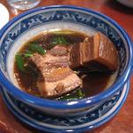 皮付きバラ肉の角煮(揚州扣肉)