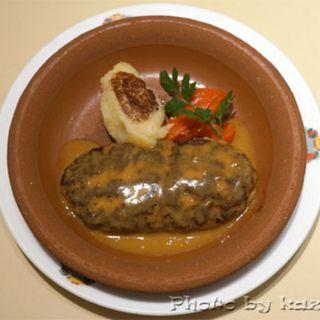 スペインハンバーグ(スペイン料理銀座エスペロ みゆき通り店)