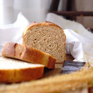 全粒粉50%ブリオッシュ食パン(CODOMO BAKERY)