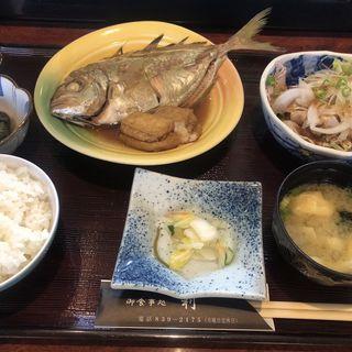 平アジ煮つけと豚しゃぶサラダ(日替り)