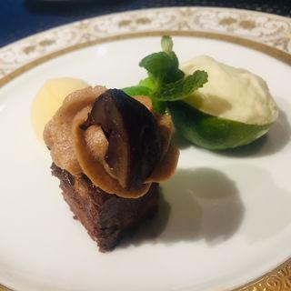 栗渋皮煮のケーキ,辺塚だいだいのムース,メロンのソルベ(フランス厨房 旬彩 中央駅店 )