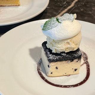 オレオのチーズケーキ(MERCER CAFE DANRO)