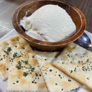 クリームチーズチーズ豆腐(酒場それなり)