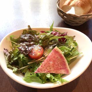 肉料理ランチ 黒毛和牛血統豪州黒牛茶美豚を使用特製グリルハンバーグ