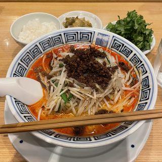 担々麺中辛+パクチー