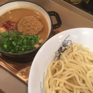 牛ホルモン味噌つけ麺