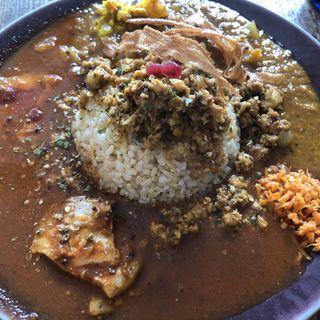 チキンキーマ&野菜カレー&お肉カレー( 花山椒豆腐)