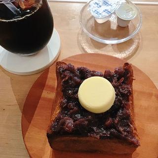 朝のあんバタートースト